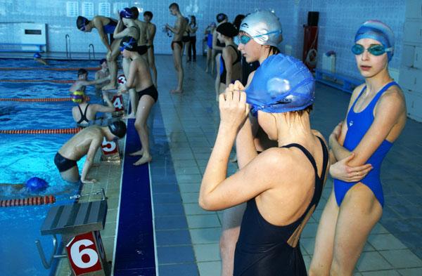 бассейн дельфин города навои сборная по плаванью: