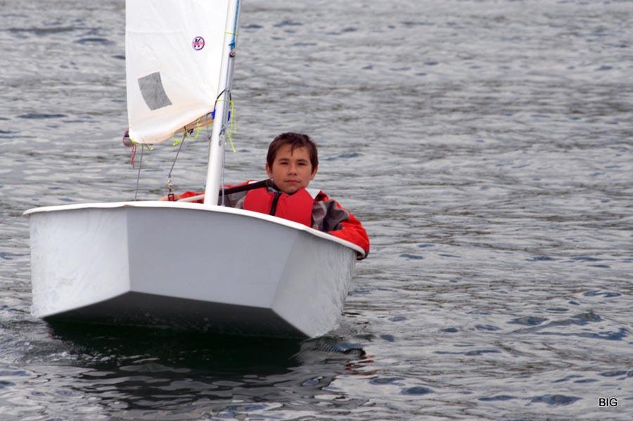 лодка оптимист фото