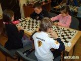 Во Владивостоке выявили лучших игроков в шашки. Фото