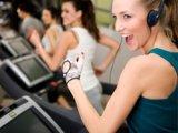 Музыка оказывает физиологическую поддержку в тренажерном зале