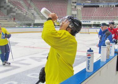Хоккейный клуб Адмирал провел первую тренировку