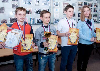 Путевку в финал шахматного турнира «Белая ладья» разыграли в ДВФУ