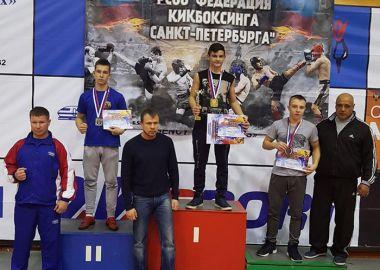 Минувшие выходные принесли медали спортсменам федерации кикбоксинга Приморья