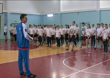 Приморские школьники поддержали российских спортсменов Олимпийской зарядкой