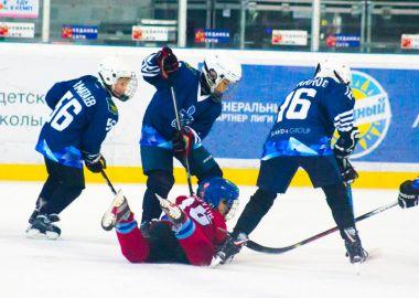 Юные хоккеисты «Адмирала» не отдали победу большекаменскому «Союзу»