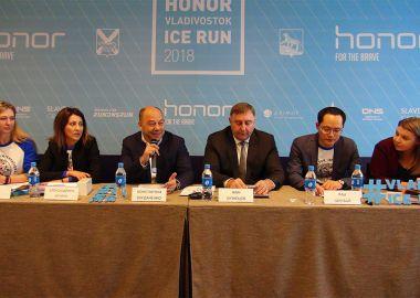 Все участники Третьего Международного ледового полумарафона получат памятные медали