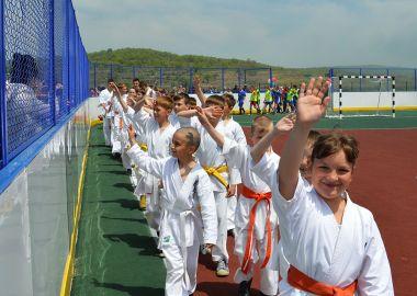 Новую универсальную спортплощадку открыли в Зарубино