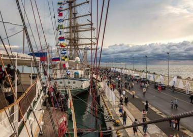 Все суда регаты больших парусников во Владивостоке будут доступны для свободного посещения (Правила посещения)