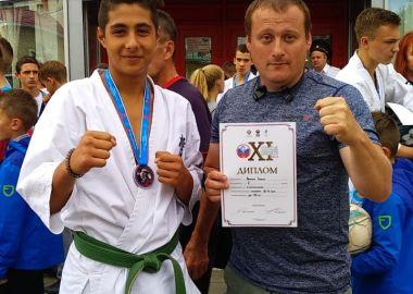Каратист из Находки взял «серебро» на Всероссийских юношеских играх