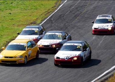 Кольцевые автогонки собрали участников из трех приморских городов