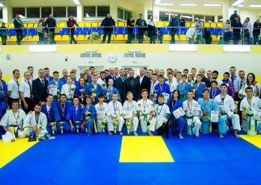 Чемпионат и Первенство Дальнего Востока по кудо открыли новые имена