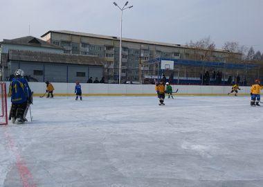 Новую современную спортплощадку открыли в Лучегорске