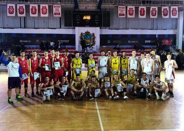 Баскетболисты Дальрыбвтуза завоевали «серебро» краевого этапа чемпионата АСБ России