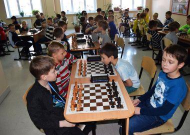 Детский шахматный турнир в честь Дня защитника Отечества прошел во Владивостоке