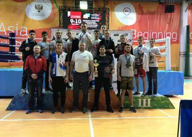 Приморские спортсмены отличились на Чемпионате и Первенстве ДФО по смешанному боевому единоборству ММА