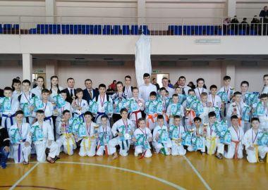 Первенство Лесозаводска по каратэ собрало 140 участников