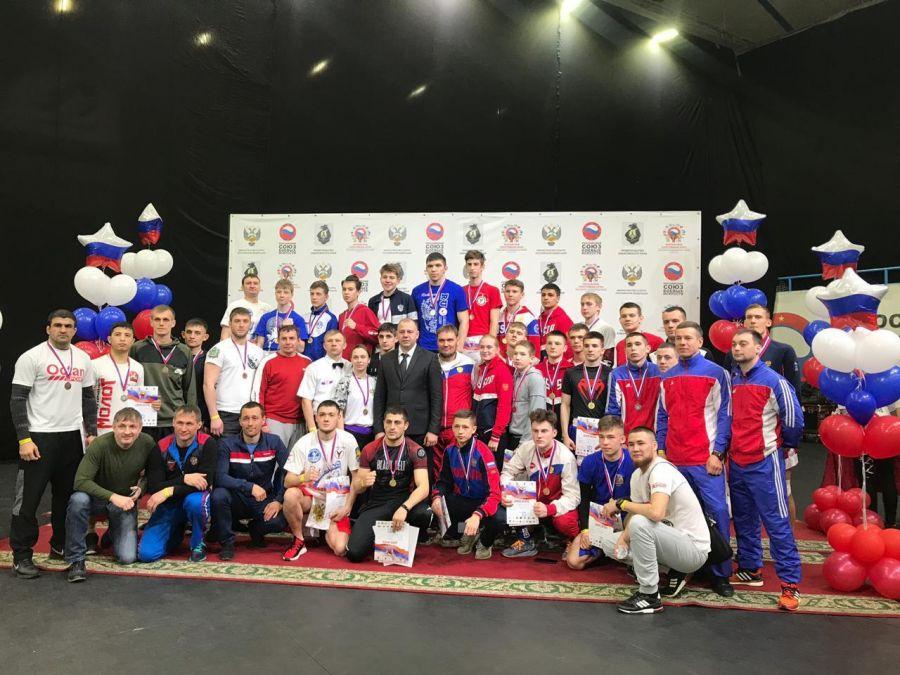 Спортсмены Приморья завоевали 35 медалей на чемпионате и первенстве ДФО по кикбоксингу в Хабаровске