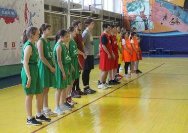 Приморье на финале «Локобаскет» в Сочи представят две школьные команды из Владивостока