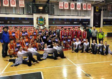 Приморские и южнокорейские баскетболисты сразились в международном турнире