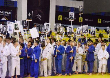 Юные дзюдоисты Дальнего Востока посвятили турнир Дню Победы