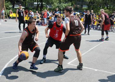 Кубок Приморья по уличному баскетболу разыграли во Владивостоке