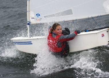 Погода проверила юных яхтсменов на прочность