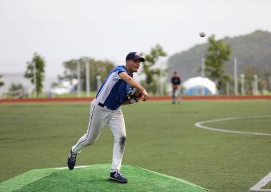 Бейсболисты впервые сразились за Кубок ВЭФ