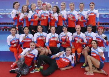 Приморские спортсменки выиграли «бронзу» на Кубке мира по гребле на лодках «дракон»