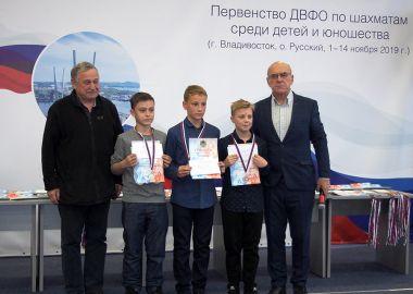 Шахматисты Бурятии составили основную конкуренцию приморцам на первенстве ДФО