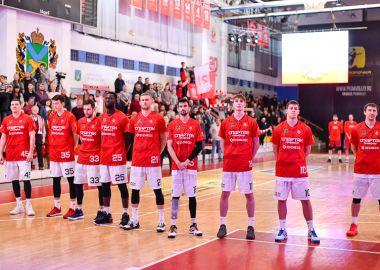 «Спартак-Приморье» начал домашнюю серию с волевой победы
