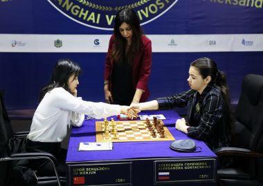 Все решится в 12-й партии: Цзюй Вэньцзюнь и Александра Горячкина сыграли вничью